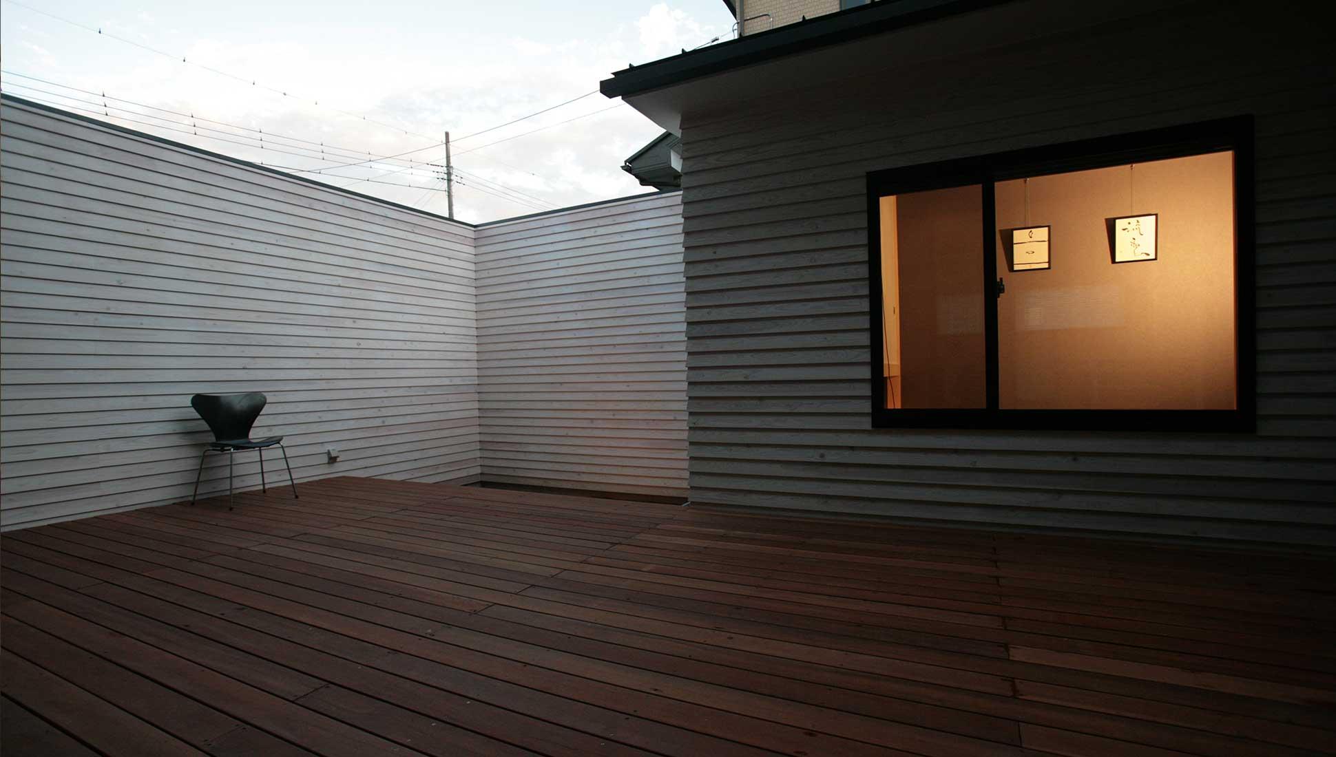離れの和室:30坪の家を35坪にする中庭のある家_木更津