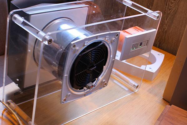 ③ダクトレス熱交換第一種換気扇