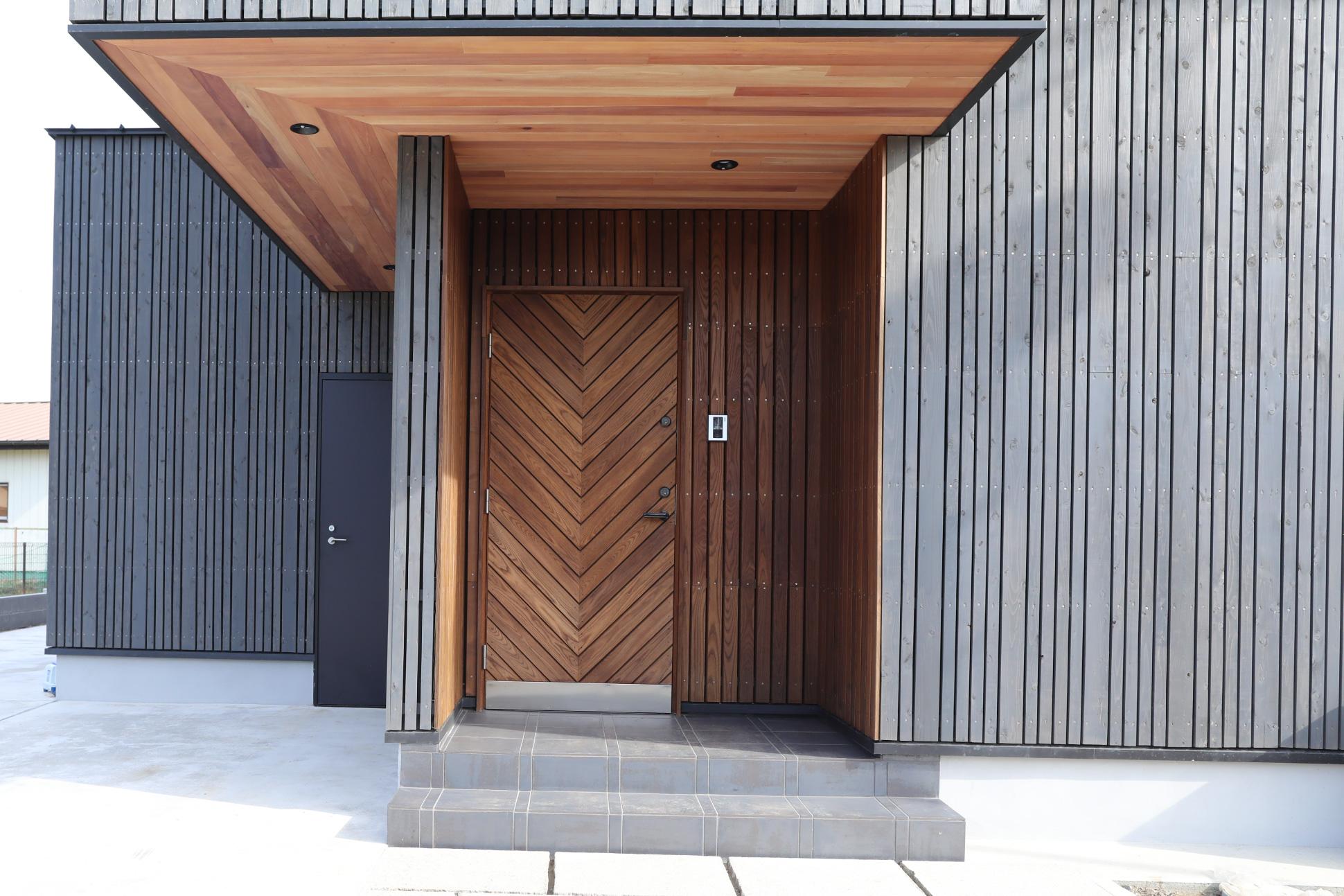 オリジナル玄関ドア:君津市戸建て新築