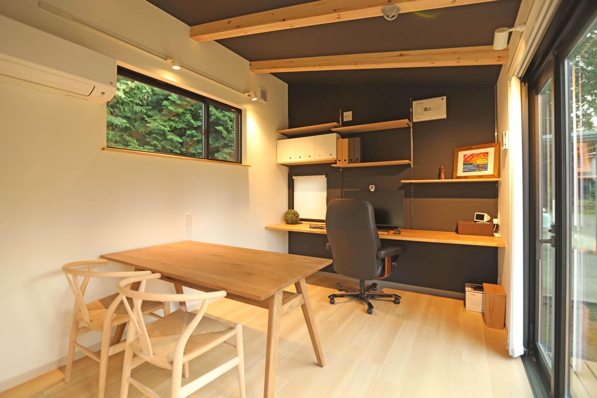 あらわしの梁、小屋を超えるデザイン 房総イズム