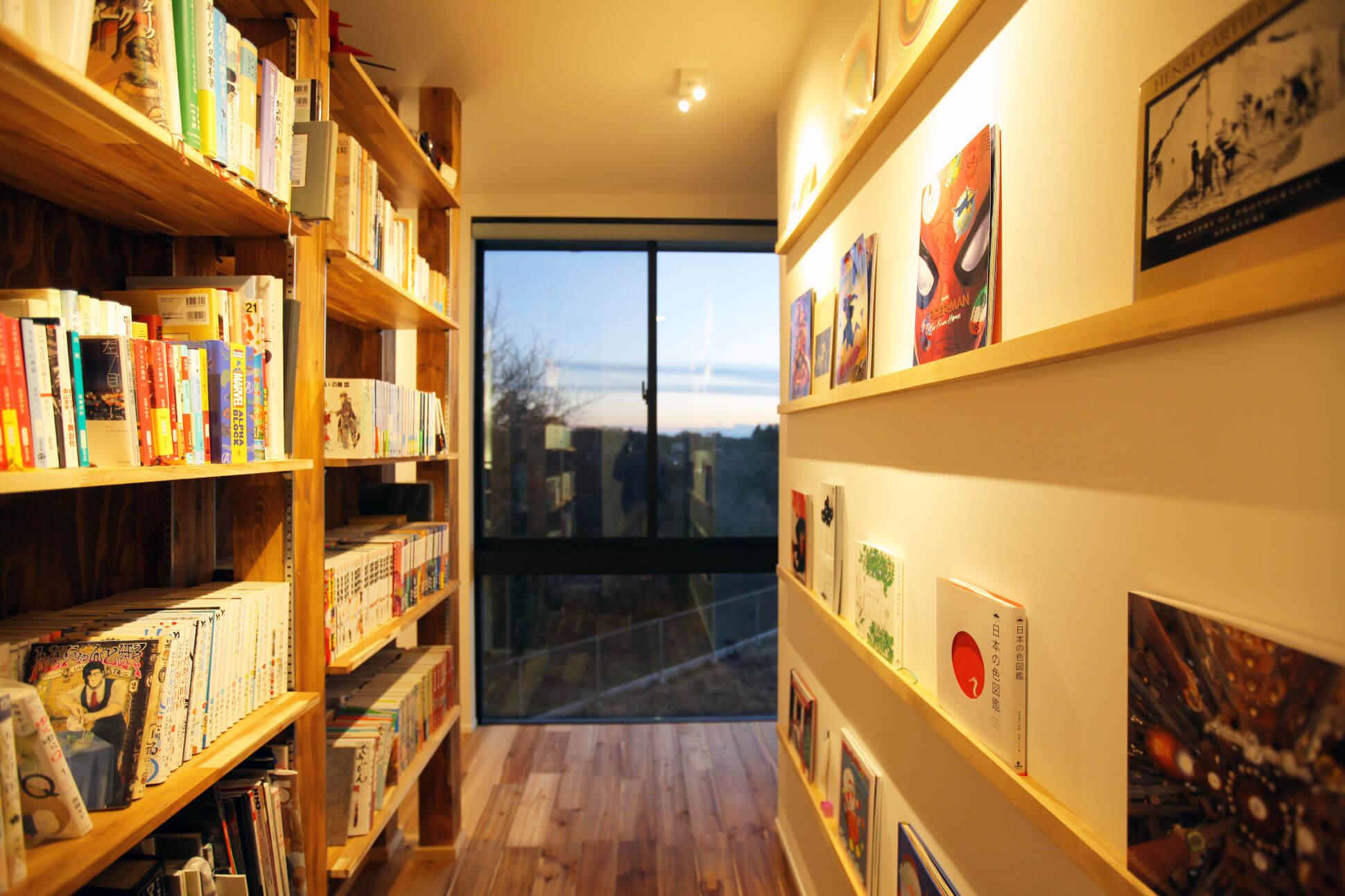 面押しの本棚と借景 房総イズム